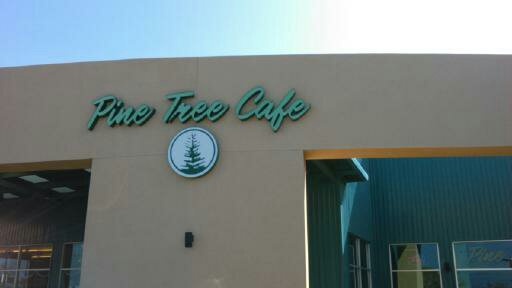 Oine tree cafe